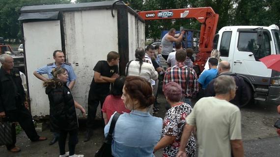 Общие новости: В Липецке киоскеры бунтуют против сноса своих ларьков